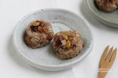 Korean sweet rice dessert (yak sik)
