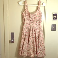 Cute Sundress Church Floral Dress Used but in beautiful condition! Not for trades Soprano Dresses Midi