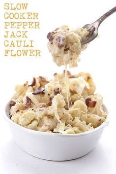 slow cooker pepper jack cauliflower is rich and creamy and oh-so-cheesy. The ultimate low carb, keto comfort food dish! This slow cooker pepper jack cauliflower is rich and creamy and oh-so-cheesy. The ultimate low carb, keto comfort food dish! Slow Cooker Stuffed Peppers, Keto Stuffed Peppers, Low Carb Slow Cooker, Keto Crockpot Recipes, Easy Recipes, Milk Recipes, Cheese Recipes, Diabetic Slow Cooker Recipes, Slow Carb Recipes