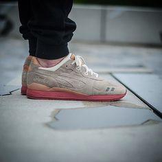 Dirty buck by @packershoes x asics gl3  Pic  by @anthonysuz  #dirtybuck #packer #asicsteam #asicsaddict #asicsworld #asicsgallery #g1runners #therealblacklist #klekttakeover #hichemog #sneakersmag #tijoojit #joyaparis #crepecity #SneakersAddict #womft #crepecity #runnergang #weartga #44runners #sneakerheaduk #sneakerplaats #cellphonerunners #RunnerWally #sneakerfreaker #snkrhds #runnersonly #wdywt #thewordonthefeet #womftig by krykor