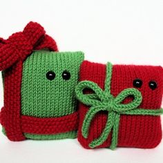 Knitted Christmas presesnts....literally.
