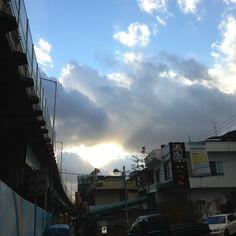 .@riddenwind | @신대방 하천길 #비온뒤 | Webstagram