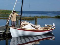 NorseBoat: sailing dory