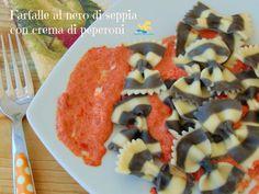 Farfalle+al+nero+di+seppia+con+crema+di+peperoni
