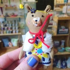 I am absolutely in love with this little lady by @modflowers Come find us at 16 St. James Street just off the market square!  @lisscooketextiledesign Here doing my #instagramtakeover!  #itsinnottingham #handmadenottingham #handmadenotts #handmade #handmadeisbetter #shopsmall #maker #creative #creativebiz
