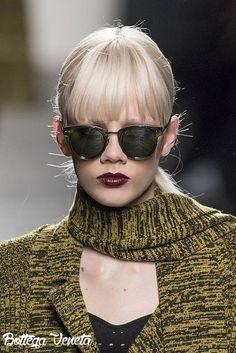 Ciao Golders, è giunto il momento di riprendere alla mano le passerelle delle Fashion Weeks Fall-Winter 2016/17 per studiare in modo più approfondito i due big trend che ci accompagneranno nei mesi…
