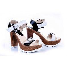 791fae699efa Dámske pohodlné kožené sandále bielo-čiernej farby - fashionday.eu