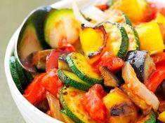 Découvrez la recette Ratatouille rapide sur cuisineactuelle.fr.