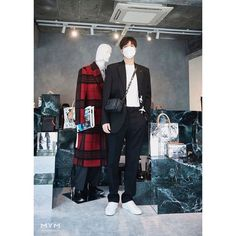 Lee Min Ho Photos, Minho, Korean Actors, Normcore, Louis Vuitton, Fictional Characters, Fantasy, Instagram, Fashion