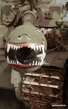 Nose Art on the Muzzle Break of a Tiger Tank of Company Heavy Panzer Battalion. 3 Company, Tiger Tank, Nose Art, Vintage Black, Football Helmets, Wwii, Tanks, German, Army