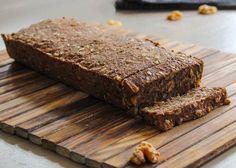 Noets notenbrood met zaden en pitten Crackers, Banana Bread, Slow Cooker, Low Carb, Snacks, Cooking, Desserts, Recipes, Food