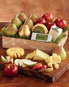 An unforgettable gift idea: Royal Riviera Pears, Apples and a delicious assortment of cheese.