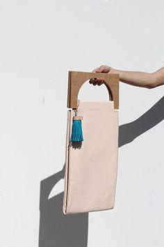 Roarcraft Selection: Minimalist Bag with geometric wooden handles & tassel; fashion accessories // Building Block