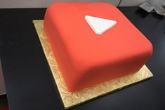 YouTube Play Button Cake at YouTube Space NY's Forever 21st St. Party | Flickr - Photo Sharing!