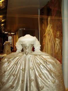 Catherine the Great's wedding gown - Looks like they left room for her horse! (Sorry Alyce)