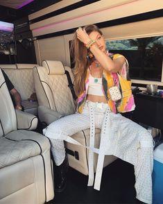Coachella Festival, Festival Style, Festival Mode, Coachella Looks, Festival Looks, Festival Fashion, Kendall Jenner, Kylie Jenner Outfits, Tye Dye