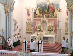 Tridentine Catholic Latin Mass - informative website explaining about Latin Mass, how it is done, etc.