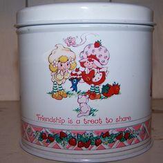 1982 American Greetings Strawberry Shortcake Tin. $8.00, via Etsy.