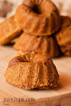 Mini Pumpkin Bundt Cakes (gluten free, vegan, dairy free)  #recipe