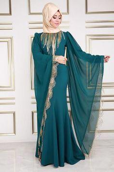 Abaya Style 576671927271717024 - 50 Best Abaya Designs For 2020 Niqab Fashion, Modest Fashion Hijab, Hijab Chic, Fashion Outfits, Abaya Designs Latest, Abaya Designs Dubai, Mode Niqab, Abaya Mode, Muslim Women Fashion