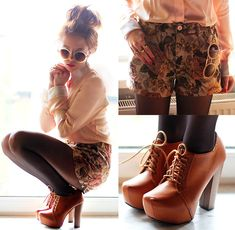 Flower Retro Beige Shorts (by Wioletta Mary Kate)