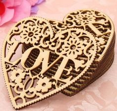 New Arrival 10pcs Laser Cut Decorative Heart Unfinished Wooden Shapes Craft Embellishments Wood Craft Home Decor