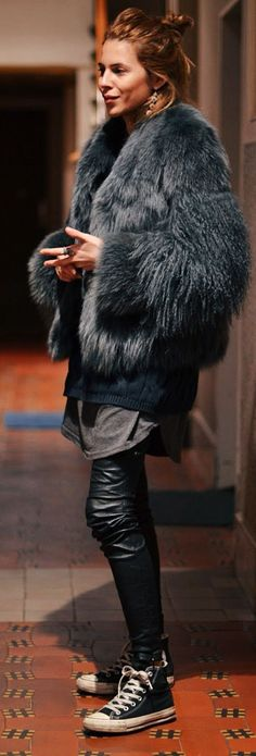 Leather And Faux Fur Outfit Idea by MAJA WYH