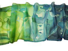Áldás selyem sálak - ajándék nőnapra: http://silkyway.hu/catalogsearch/result/?q=%C3%A1ld%C3%A1s
