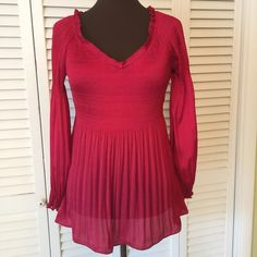 Sunny Leigh RED Blouse Absolutely one for the Holidays!  Great condition Sunny Leigh Tops Blouses