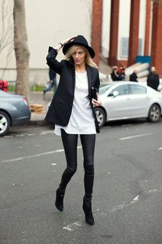 Black blazer, white tunic tee, leather leggings, booties.