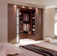 Bedroom with dressing room design - Luxery Houses Wardrobe Room, Wardrobe Design Bedroom, Master Bedroom Closet, Room Design Bedroom, Home Room Design, Home Decor Bedroom, Modern Bedroom, Bedroom Furniture, Diy Bedroom