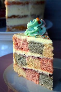 """Julias zuckersüße Kuchenwelt: """"Naked-Cake"""" - Schachbrett-Torte"""