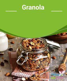 Granola   Seguro la habrás probado alguna vez pero te gustaría preparar la Granola en casa. ¡Es más fácil de lo que crees! Conoce cómo prepararla en este artículo.
