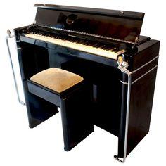 Art Deco Piano and Stool Art Deco Stil, Art Deco Home, Art Deco Furniture, Furniture Styles, Bauhaus, Art Nouveau, Piano Stool, Piano Art, Old Pianos