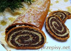 Poppy seed roll and Polish recipes. My all- time second favourite cake, but. Takes all day to make and disappears on minutes.like most traditional Polish recipes Slovak Recipes, Czech Recipes, Ethnic Recipes, Jai Faim, Polish Recipes, Polish Food, Sweet Bread, International Recipes, Sweet Recipes