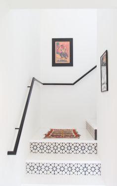 Discounted Black + White Tiles   Kiki's List