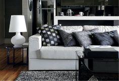 A decoração preto e branco não precisa ser pesada ou opressiva, basta se ter cuidado com as proporções. Confira!