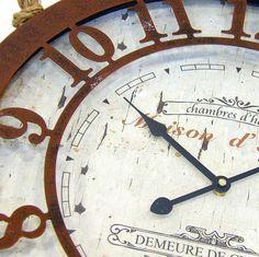 Detalle de reloj de