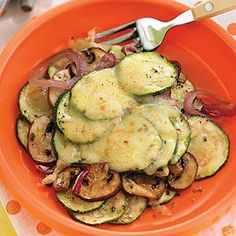 Zucchini Cheddar Bake If you want to cut the meat out of your meal, this veggie bake is tasty and with the bit of added cheese, it seems like you're cheating. At just 124 calories per serving, you could have seconds and still be under the 300 calories!