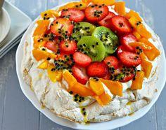 Pavlova - a fruity Tu B'Shevat dessert