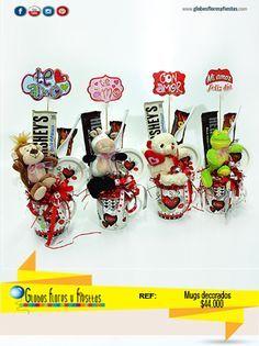 Candy Gift Baskets, Candy Gifts, Diy Bouquet, Candy Bouquet, Valentine Decorations, Valentine Crafts, Chocolate Bouquet Diy, Valentines Day Baskets, Candy Arrangements