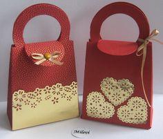 Ajándékátadó táskák