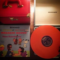 Charlie Brown and Vince Guaraldi Trio. Tonight it all sounds like Christmas. Day 6 of 25 days of #littleredcasediaries #vinceguaraldi #charliebrown #jazzimpressions #jazz #crosley #vinyl #suite8 #connecticut #newengland #christmas by allischu