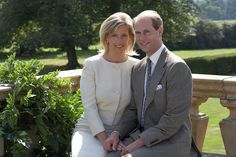 """""""Happy Wedding Anniversary to The Earl and Countess of Wessex! Prince Phillip, Prince Edward, Countess Wessex, Louise Mountbatten, Viscount Severn, 20 Wedding Anniversary, House Of Windsor, English Royalty, Prince And Princess"""