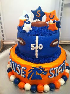 Cat's Cake Creations: Boise State Broncos Football Celebration Cake