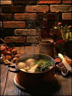 Supposed to rain all weekend, so I'm making a clear, but tasty, soup to sip, with Leeks, Onions, Garlic, Lemon zest, maybe a few black Peppercorns, Celery, Spinach, maybe a Potato or two.... whatever I have on hand.  Sounds good.  ~~  Houston Foodlovers Book Club