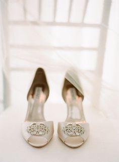 Zapatos: Espectaculares zapatos para una ocasión especial 💕💕  💎La feminidad - es la armonía entre pensamientos y zapatitos... 💎😄