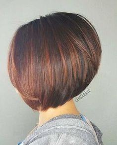 A gallery of Bob hairstyles. Easy, modern and elegant, this collection includes really chic long bobs, short graduated cut bob ideas, layered or choppy haircut styles and more… Just check these prettiest bob haircut ideas and pick your own style: Bob Haircuts For Women, Short Bob Haircuts, Popular Haircuts, Short Hair Cuts For Women Bob, Graduated Bob Haircuts, Medium Hair Styles, Natural Hair Styles, Short Hair Styles, Choppy Bob Hairstyles