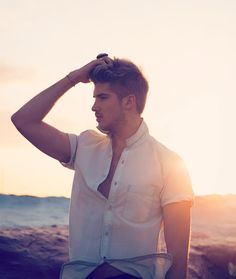 """Oopsi I haven't posted on here in a while! Hi!! "" #JoeyGraceffa"