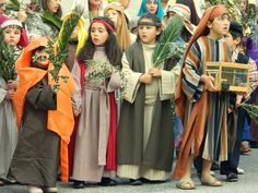 kids participating during the easter pageant